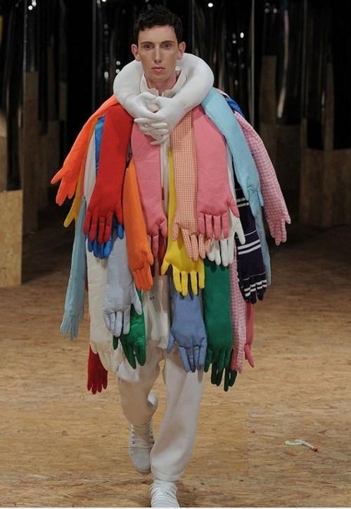 Moda 21. stoljeća će također biti predmet izrugivanja u budućnosti